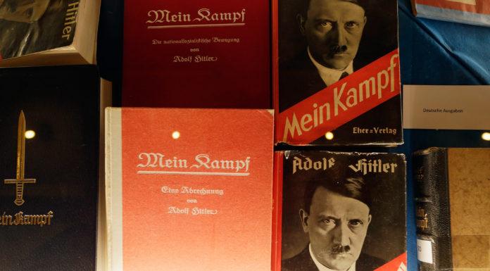 Cuốn 'Mein Kampf' của Hitler trở thành sách bán chạy nhất ở Đức