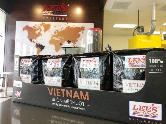 Cà phê xay của Lee's Sandwiches bán tại Costco