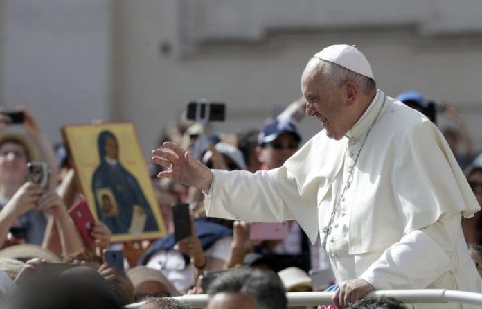 Linh mục được có vợ ? TS-Catholic-061819-696x446