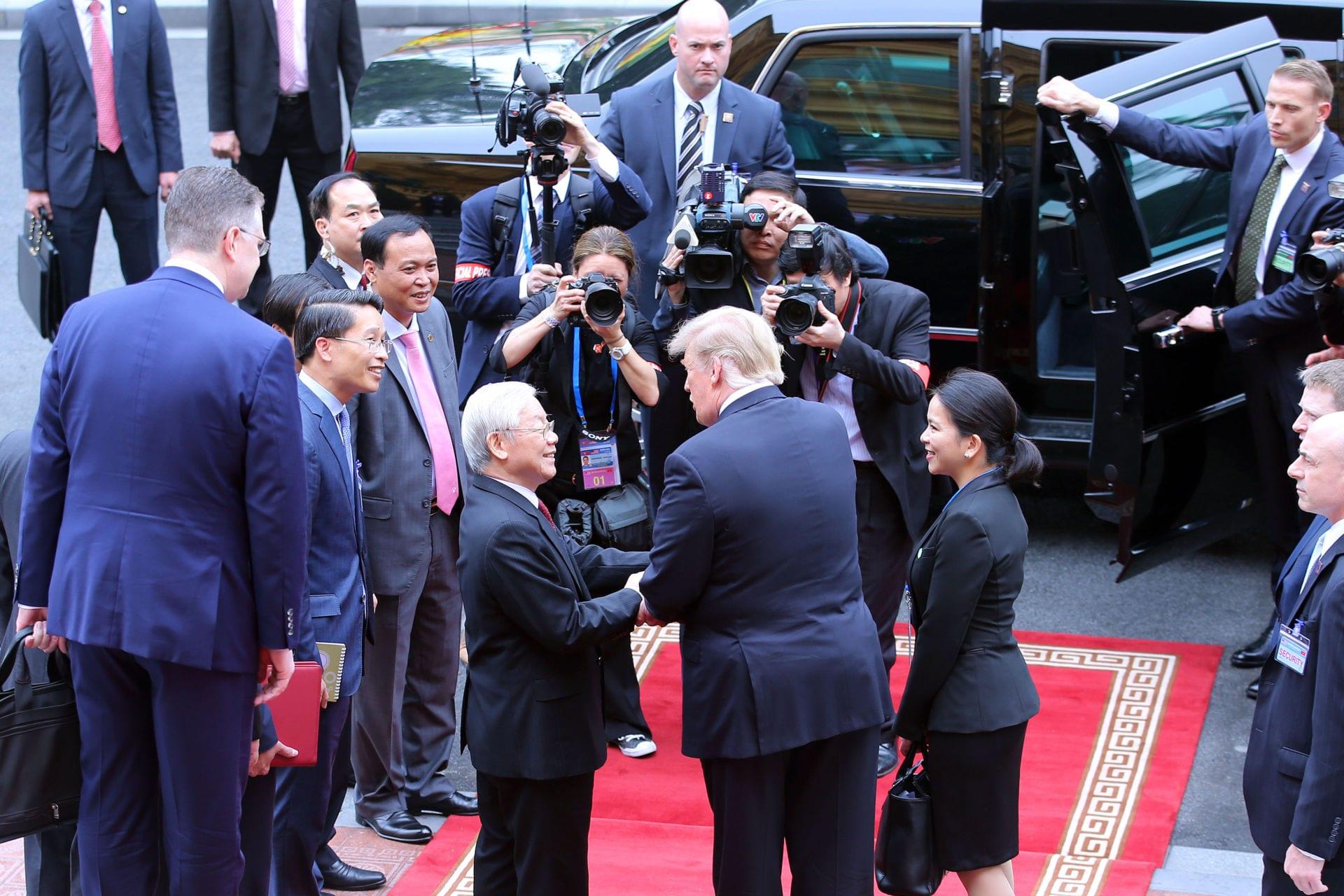 Kết quả hình ảnh cho Mối quan hệ Hoa Kỳ-Việt Nam-Trung Quốc ra sao khi ông Trọng không đi Mỹ?
