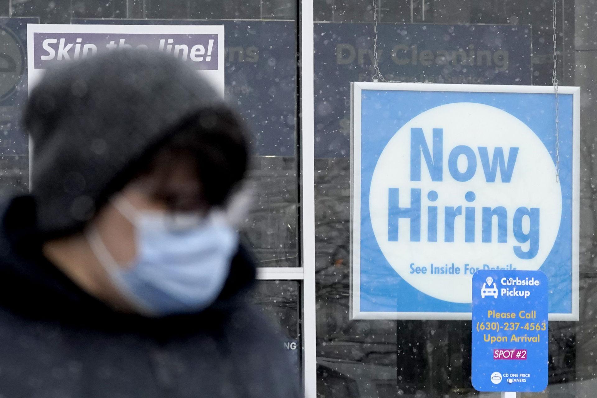 Người Mỹ nộp đơn xin trợ cấp thất nghiệp tăng 13,000, lên tới 861,000 - tintuccophieu.com