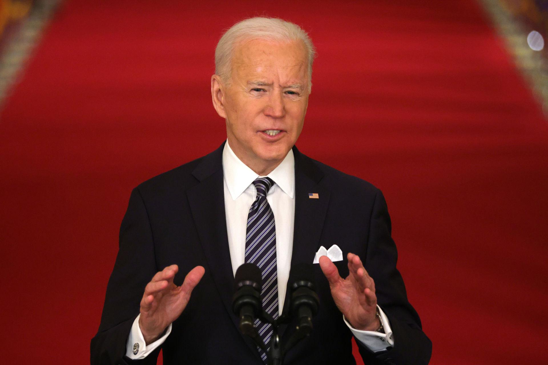 Biden đánh thuế 52% người có thu nhập trên $29,000/năm là 'tin đểu'