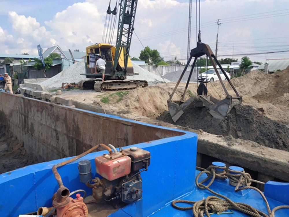 An Giang đấu giá mỏ cát $310,000, trúng giá 'bất thường' hơn $122 triệu