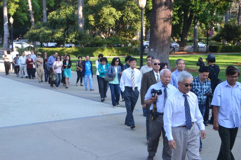 Hai ủy ban Hạ Viện California thông qua gia hạn dạy lịch sử người Việt tị nạn