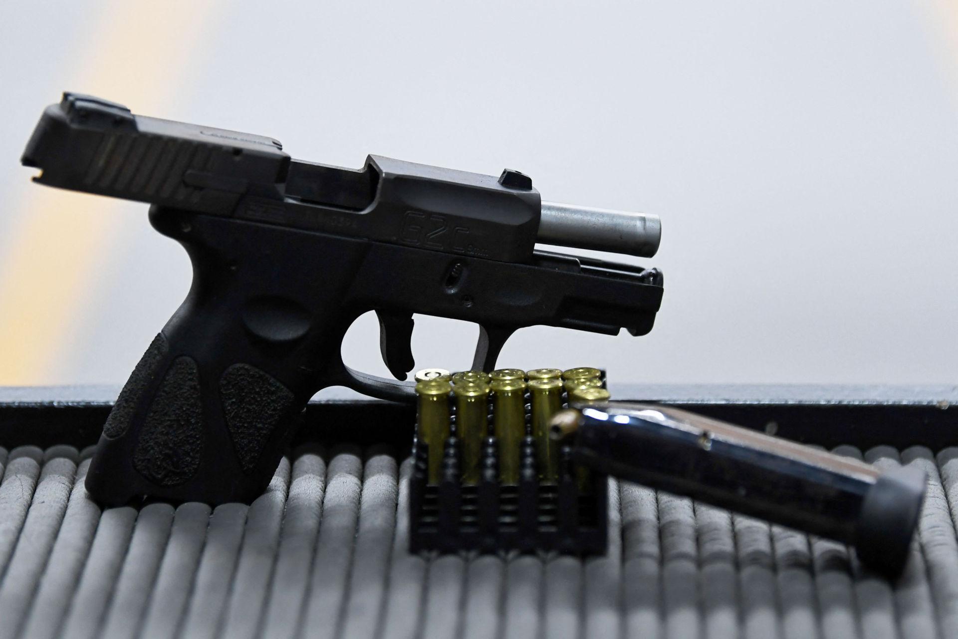 con nít chơi súng TS-Handgun-051321