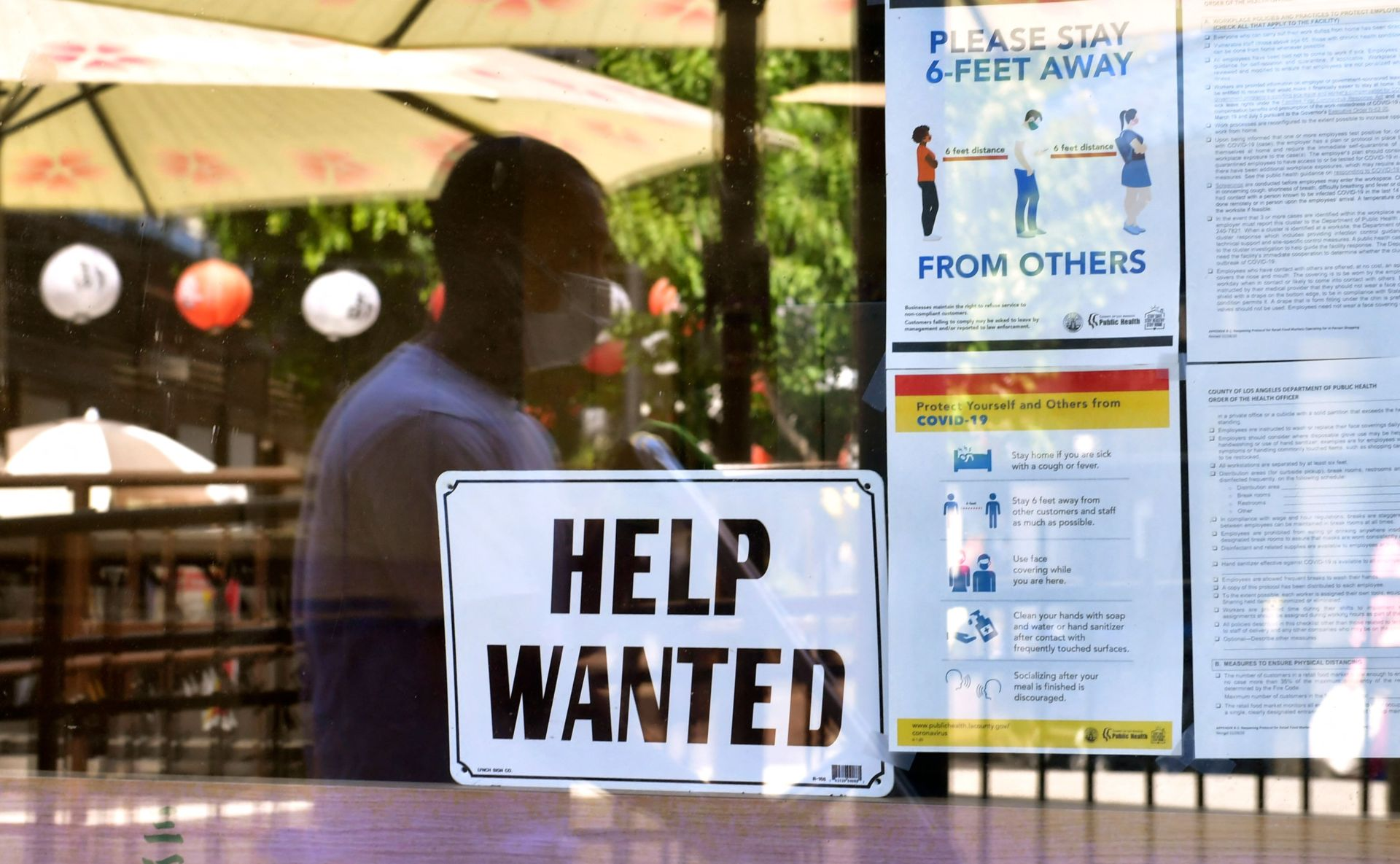 Số đơn xin trợ cấp thất nghiệp tiếp tục giảm, mức tuyển dụng gia tăng
