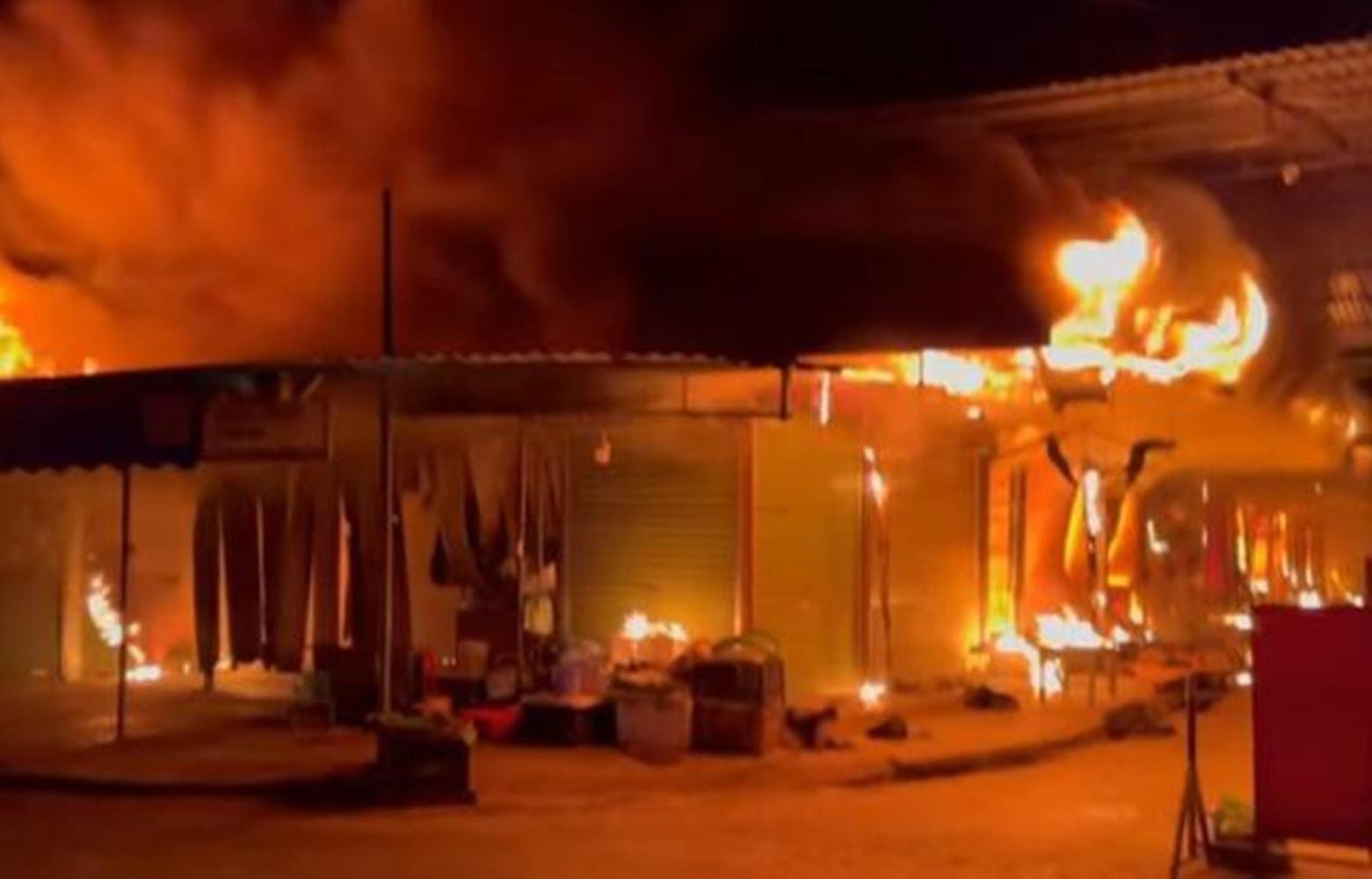 Chợ ở Hải Phòng cháy rụi Vn-chay-cho-deo-1