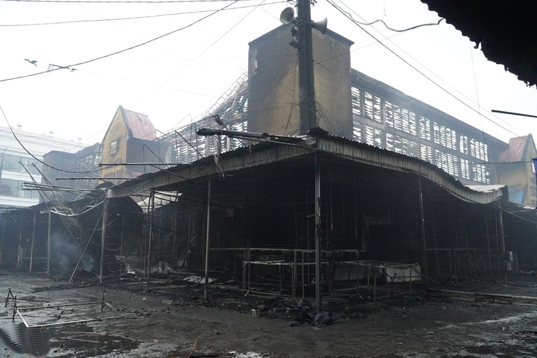 Chợ ở Hải Phòng cháy rụi Vn-chay-cho-deo-2