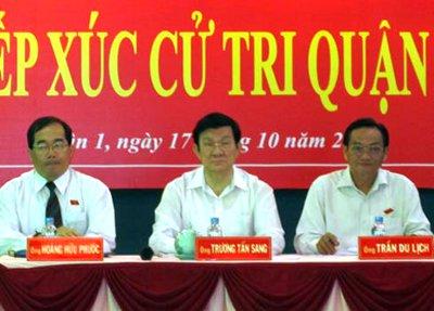 """... đã gọi """"một ủy viên Bộ Chính Trị"""" không bị kỷ luật tại hội nghị trung  ương 6 là """"đồng chí X,"""" mà ai cũng hiểu đó là Thủ Tướng Nguyễn Tấn Dũng."""